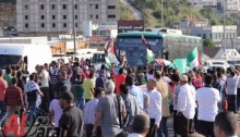 Protesters in Umm el-Fahm closed Route 65 and Israeli police were heavily deployed in the area (Photo: Al Arab)