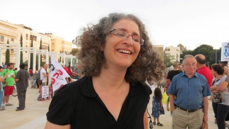 Hagit Ofran during a peace demonstration in Tel-Aviv (Photo: Peace Now)