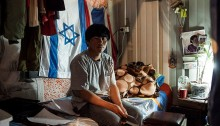 Thai agricultural worker in Israel (Photo: Activestills)