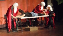"""""""Admissions Committee Committee"""" at the performance """"Sha'ar LeAdam"""" (Photo: Hani Soboh)"""