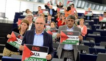 The GUE/NGL European Parliament Group in solidarity with the Palestinian people (Photo: AKEL)