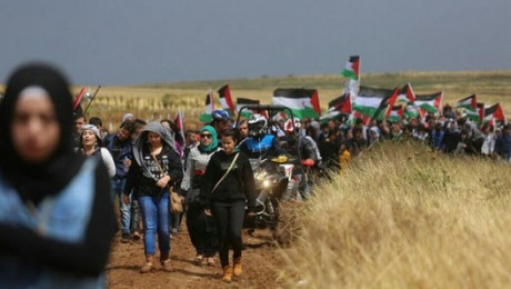 """Part of the procession of the 18th annual """"March of Return"""" to the site of the village of al-Haditha, near Tiberias, April 23, 2015."""
