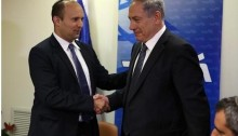 Prime Minister Benjamin Netanyahu and the leader of the extreme-right pro-settler party HaBayit HaYehudi, Naftali Bennett, last Wednesday, May 6, after their coalition agreement