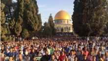 Muslim worshipers during morning prayers at the Al-Aqsa Mosque f on the feast of Eid-al-Adha, September 24, 2015