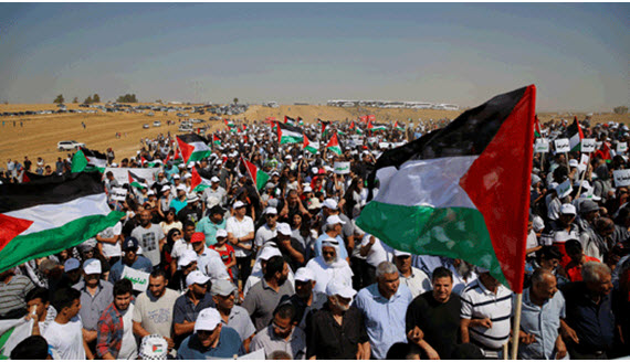 """Thousands of Arab-Palestinians from across Israel participated in the 19th annual """"March of Return"""" held in the Negev on Thursday, May 12, 2016"""