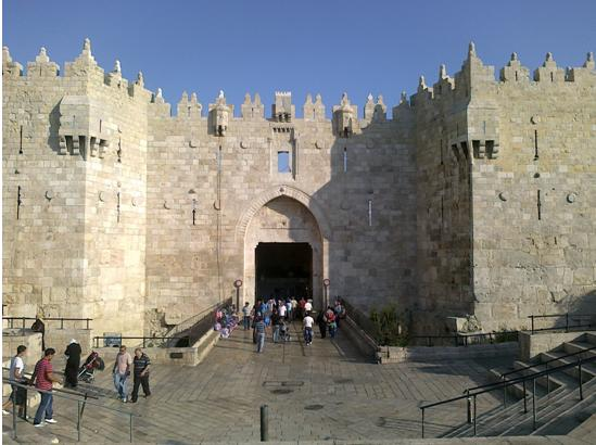 The Damascus Gate in occupied East Jerusalem, scene of two recent unwarranted fatal shootings of Palestinians by Border Police (Photo: Wikipedia)