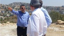 MK Yousef Jabareen (Joint List – Hadash) in Umm al-Fahm with fellow residents of the city of around 50,000