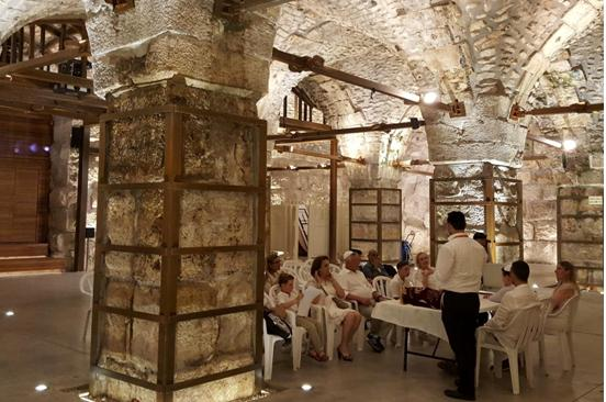 "An ""archeological tour"" led by settlers in occupied East Jerusalem"