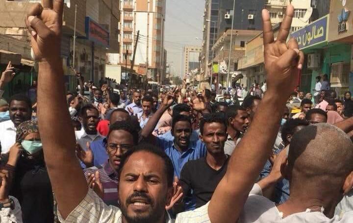Crowds demonstrating against the Sudanese dictatorship, last week in Khartoum