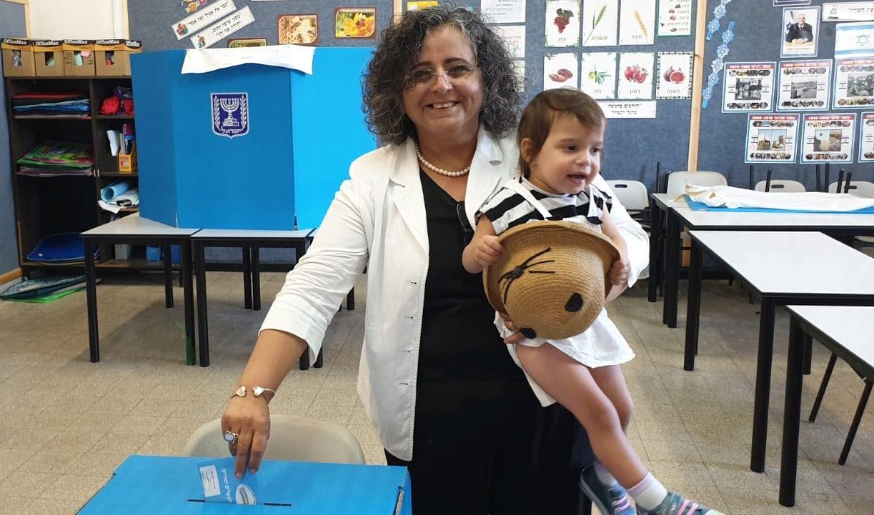 Hadash MK Aida Touma-Sliman voting in the September 17 elections