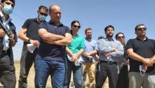 """Tough guys"": Body language trumps all – MKs from Yamina during the tour they conducted in the Negev, last Thursday, June 11; Don't let the macho poses confuse you – these people are dangerous. Smotrich is second from right with arms folded. Yamina's leader, with even a more aggressive pose, is MK Naftali Bennet (third from left), Defense Minister in the previous government. Today, Yamina is in the opposition, in part because, with Netanyahu's hyper-inflated cabinet, they couldn't get the portfolios they sought; in part to outflank the Likud from the right. In the center, wearing the green blouse and brandishing a less ""in your face"" stance is MK Ayelet Sheked, a former Justice Minister who was and is committed to delimiting and weakening the status of the Supreme Court (High Court of Justice), so that the Knesset can be absolutely sovereign in fomenting ultra-right legislation that undermines universal human rights… Whose lives matter? According to Yamina's ideology, certainly not those of the Bedouin, let alone those of ay Arabs."