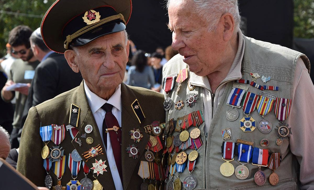 Former World War II Red Army officers at a Holocaust Remembrance Day at Yad Vashem