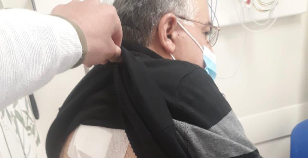 Joint List MK Youssef Jabareen (Hadash) was injured in the back by a rubber bullet shot by police during protests on Friday, February 26, in his home town of Umm al-Fahm.