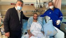 Joint List MK Youssef Jabareen (Hadash), left, who was injured by police during last Friday's protests in Umm al-Fahm, visits two other injured protesters still being treated in Haifa's Ramban Hospital.