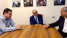 MKs Ayman Odeh (Hadash, left) and Ahmad Tibi (Ta'al, right) during a meeting with MK Yair Lapid, April 19, 2021