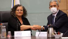 MK Aida Touma-Sliman, the newly re-elected chair of the Knesset's Committee on the Status of Women and Gender Equality, receives the congratulations of the Knesset speaker, Mickey Levy, July 27, 2021.