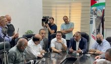 The Joint List delegation meets in Hebron with the city's Palestinian authorities last Saturday, August 14, 2021.